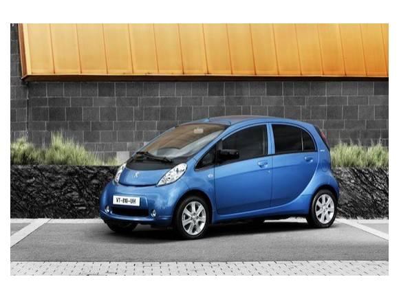 Alquiler coches: Peugeot iOn primer coche eléctrico en flota Europcar