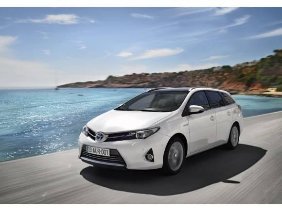 Coches híbridos Toyota: ¿Cuál compro?