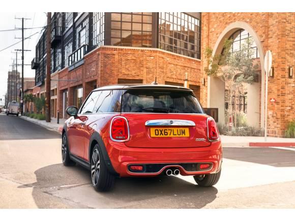 Nuevos Mini 3 puertas, 5 puertas y Cabrio, todavía más británicos