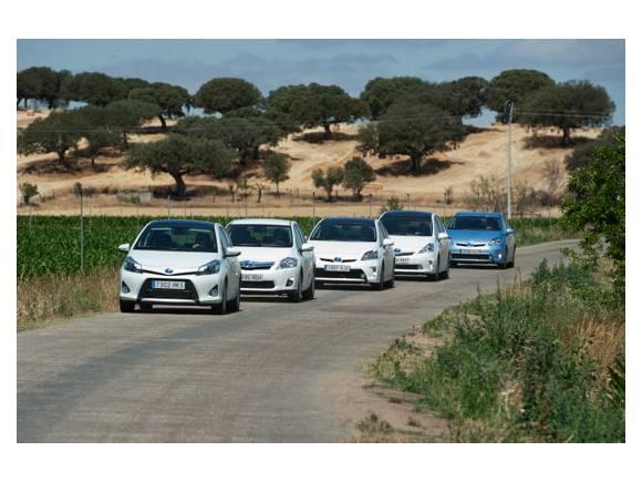Prueba Toyota Hybrid: gama de coches híbridos de Toyota