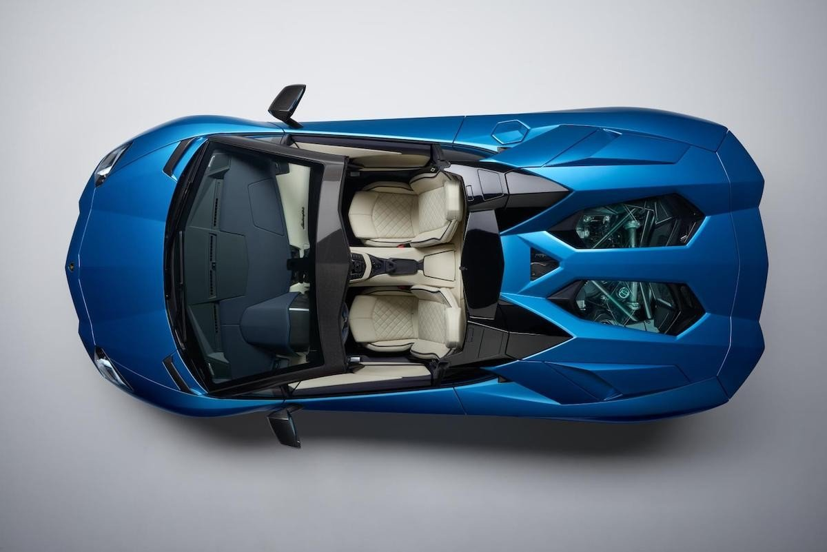 Lamborghini Aventador S Roadster 2017