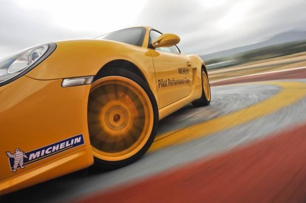 Recomendaciones Michelin para cuidar tus neumáticos si ruedas en circuito