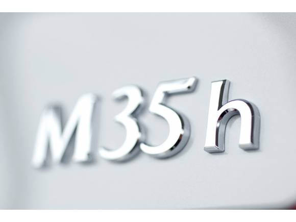 Prueba: Infiniti M35h, probamos el nuevo híbrido de lujo de Infiniti