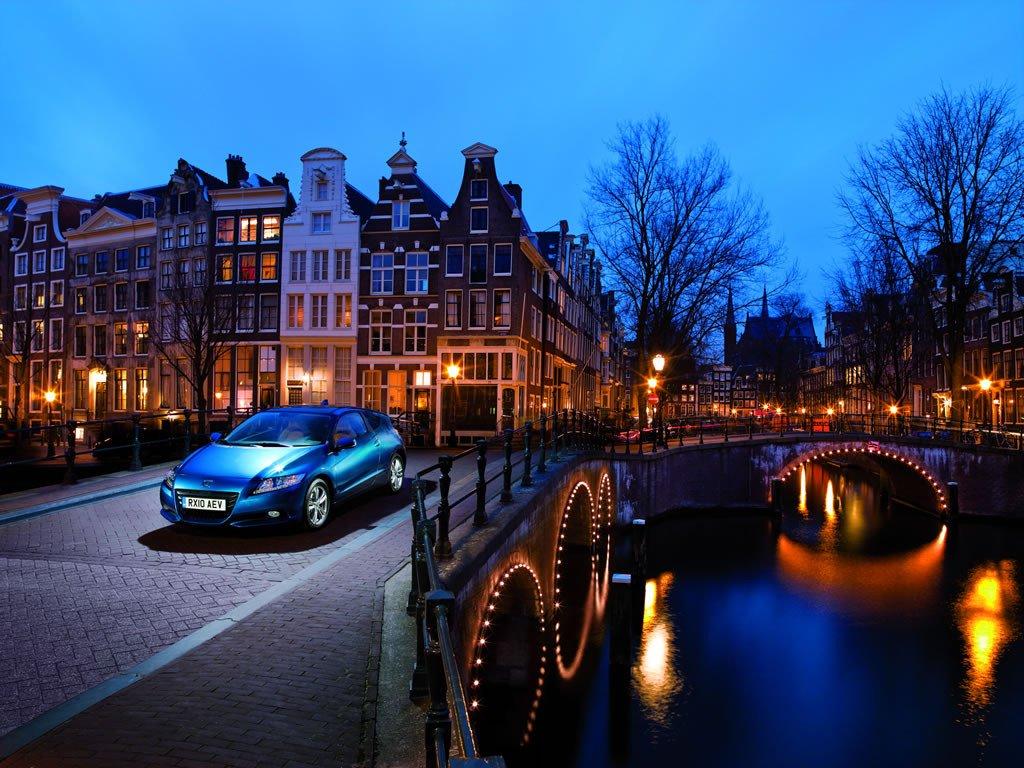 Honda CR-Z en las calles de Amsterdam