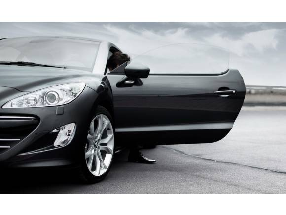 RCZ, el pequeño coupé deportivo no numerado de Peugeot