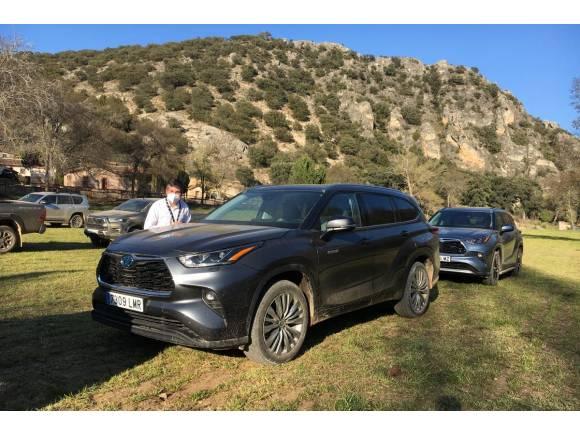 Prueba Toyota 4x4: de ruta con los Highlander y Land Cruiser