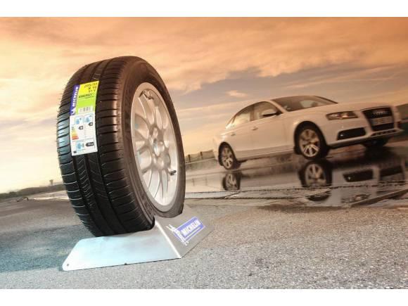 Los talleres no suelen informar sobre la etiqueta de los neumáticos