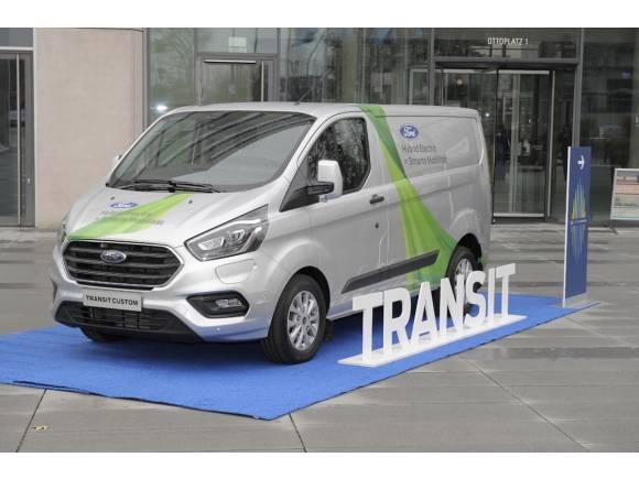 Furgoneta Ford Transit Custom híbrida enchufable