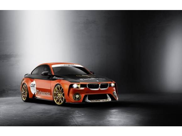 BMW 2002 Hommage: tributo a su primer Turbo en Pebble Beach