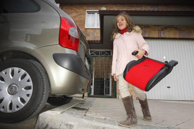 Alzadores con respaldo para niños en el coche ¿Por qué son recomendables?