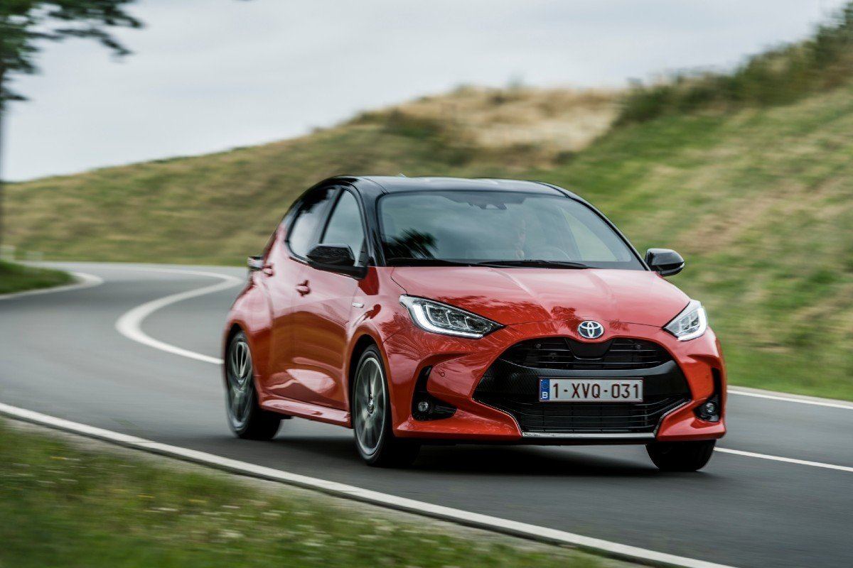 Nuevo Toyota Yaris Hybrid 2020