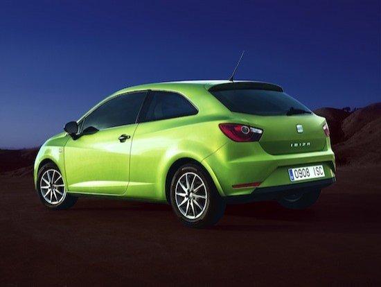 Los cambios se centran en el frontal, en la parte trasera el Seat Ibiza mantiene su imagen.