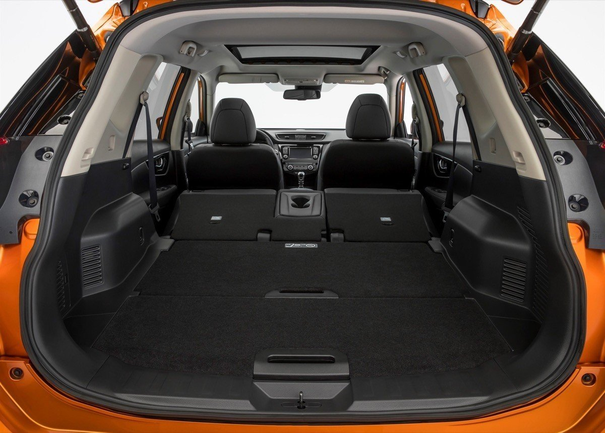 nuevo nissan x trail 2018 con cambios de dise o y m s equipamiento. Black Bedroom Furniture Sets. Home Design Ideas