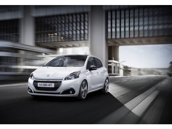 Peugeot 208 y 2008: ahora con iPhone de serie