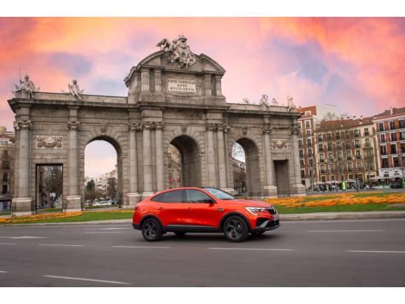 Prueba del nuevo Renault Arkana e-Tech híbrido: consumos, opinión, interior, medidas,...