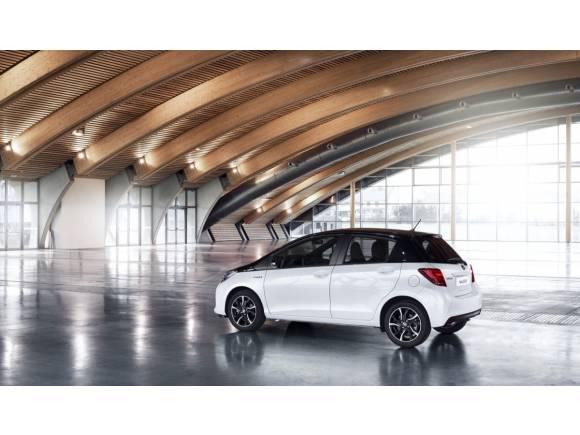 Toyota mejora la gama Yaris para 2016