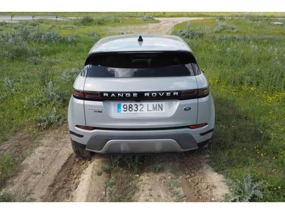 Prueba y opinión Range Rover Evoque P300e PHEV: precio y autonomía del sistema híbrido