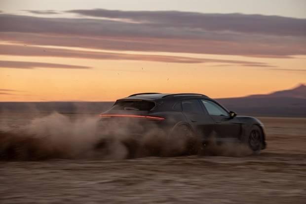 Directo: sigue la presentación del Porsche Taycan Cross Turismo