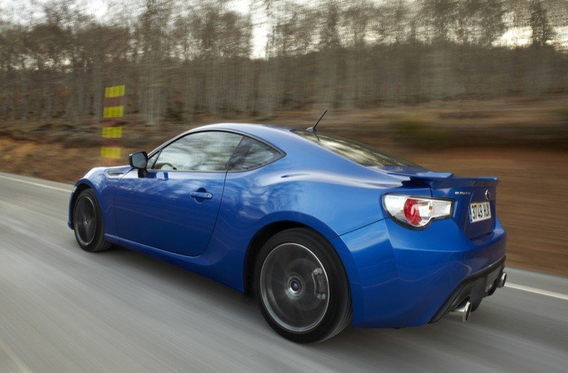 subaru brz especificaciones with 2672 on 903180 1336372008 as well 159697 likewise 110091 furthermore 154894 also Toyota Gt 86 Ficha.