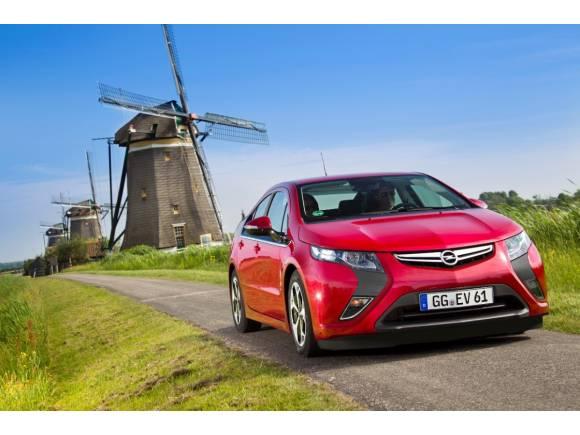 Opel baja 9.000 euros el precio del Ampera