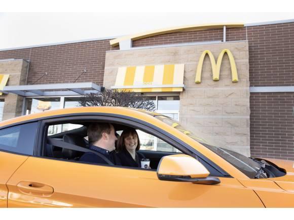Desescalada: ¿puedo ir a comprar comida rápida en coche en la fase 1?