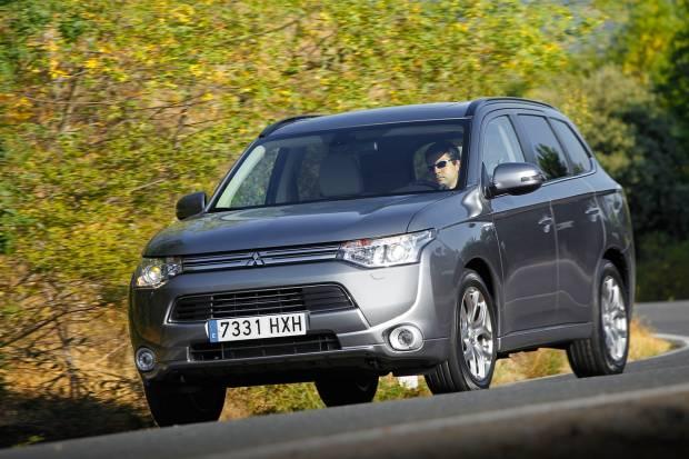 Prueba Mitsubishi Outlander PHEV, ¿Es mejor que el diésel?