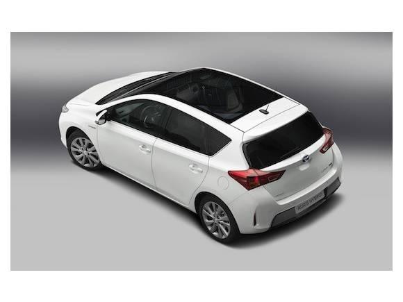 Nuevo Toyota Auris, más dinámico y eficiente