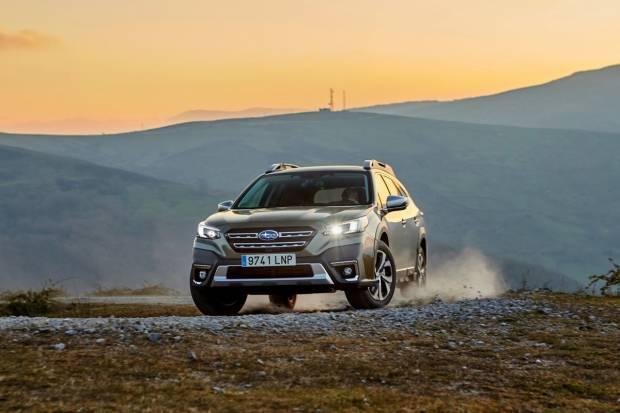 Prueba Subaru Outback: gran espacio interior y aptitudes off-road