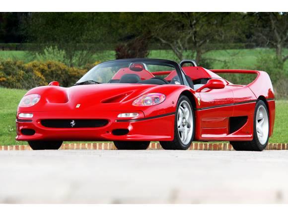 Alquilar un coche de lujo o deportivo