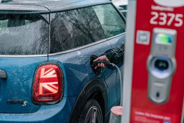 Mini presentará su último coche de combustión en 2025 y será 100% eléctrica en 2030