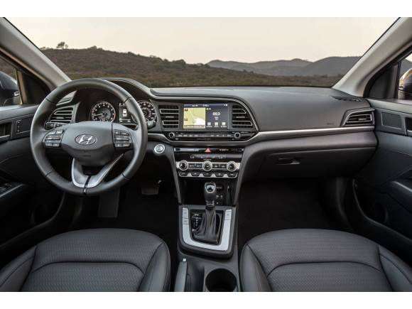 Así podría ser el nuevo Hyundai Elantra 2019