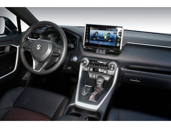 Prueba Suzuki Across: Opinión,  precio, datos y fotos