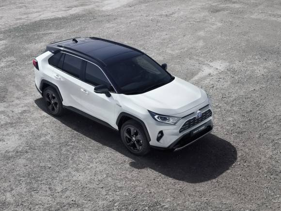 Nuevos coches híbridos y enchufables 2019, todos los que llegan