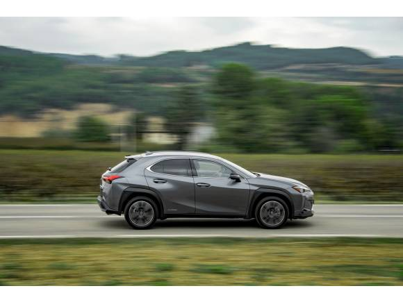 El Lexus UX 250h comienza su comercialización en España