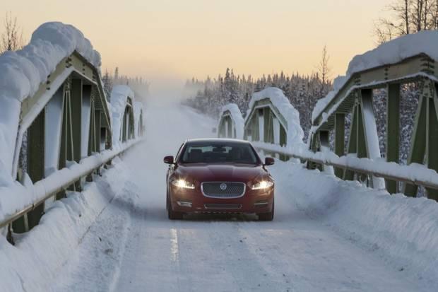 El toque de queda, un peligro para la seguridad vial con hielo y nieve