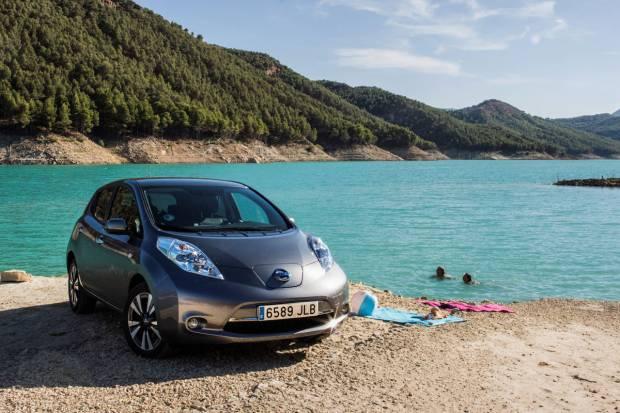 Nissan descuenta 5.500 € en sus modelos eléctricos