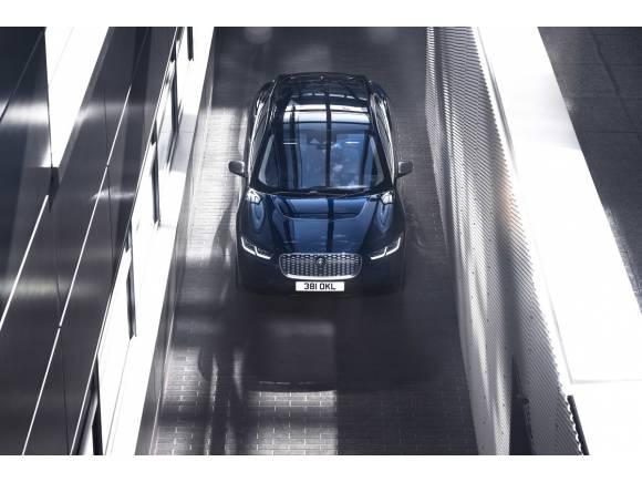 Jaguar I-PACE: estrena equipo multimedia y cargador a bordo más potente