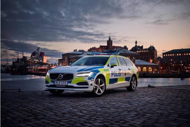 El Volvo V90 para la Policía de Suecia, por supuesto