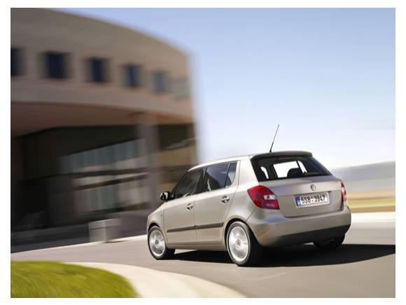 Elegir coche con cambio automático: Ford Fiesta, Chevrolet Aveo o Skoda Fabia
