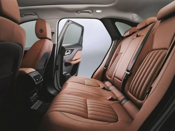 Nuevo Jaguar F-Pace 2016, SUV deportivo desde 45.000€