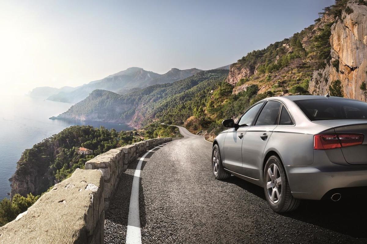 Honda El Centro >> Conducir de forma segura en carretera y en curvas