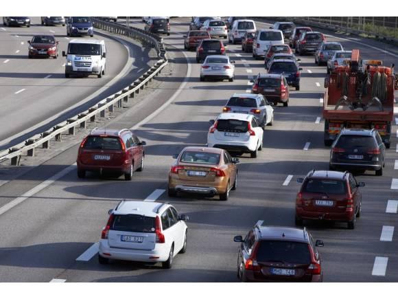 Conducir de forma segura en carretera y en curvas