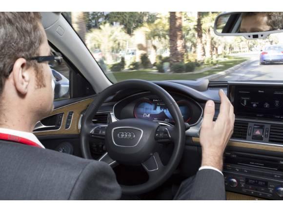 Funcionamiento del Sistema de Conducción Pilotada en Atascos de Audi