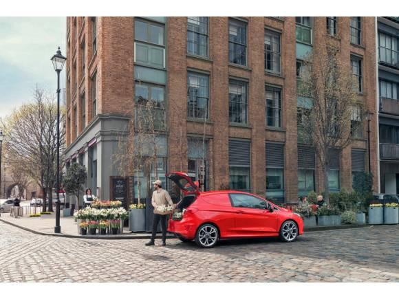 Nuevo Ford Fiesta Van: el comercial deportivo