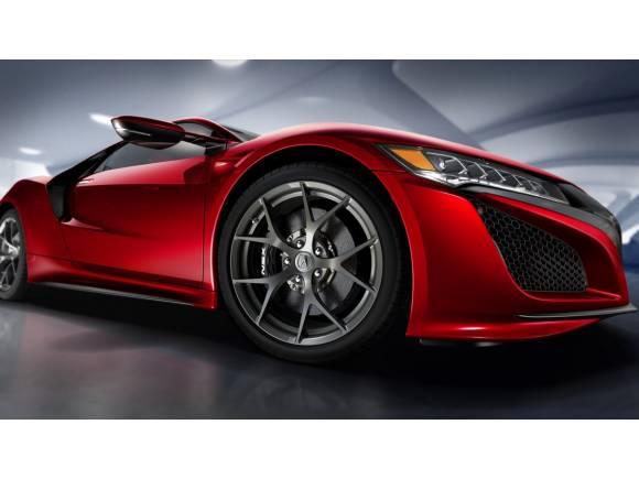 Honda NSX 2015: veinticinco años después, vuelve el Ferrari japonés
