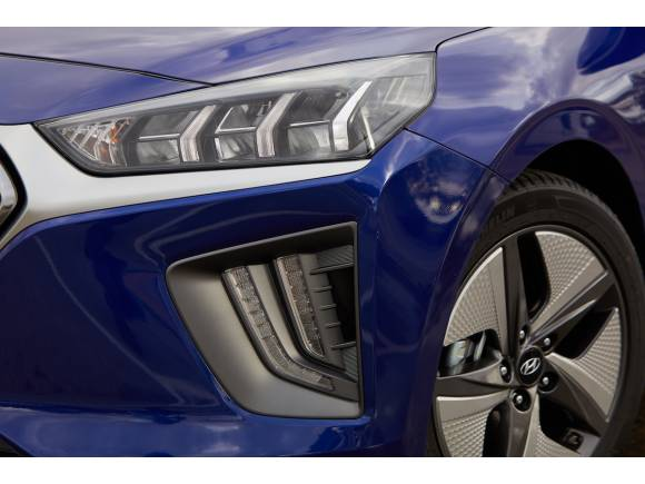 Prueba nueva gama Hyundai Ioniq, híbrido, enchufable y eléctrico
