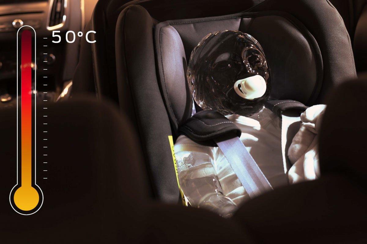 niño coche calor