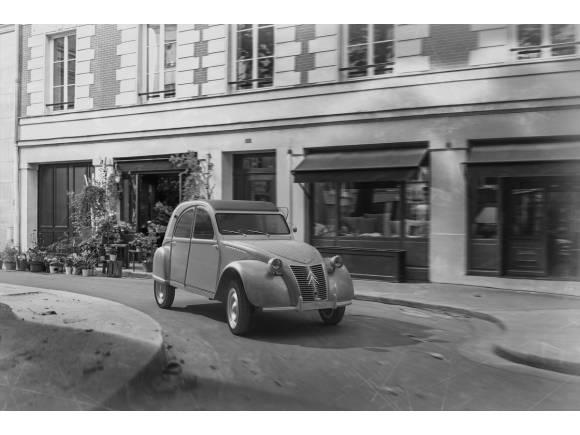 Citroën C1 Origins: el utilitario celebra los 100 años de la marca