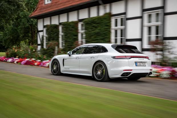 Prueba nuevo Porsche Panamera Híbrido: nuestra opinión en 4 claves
