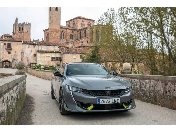 Prueba Peugeot 508 PSE: precios, datos, opinión.